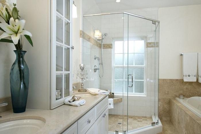 Có những loại phòng tắm kính nào hiện nay