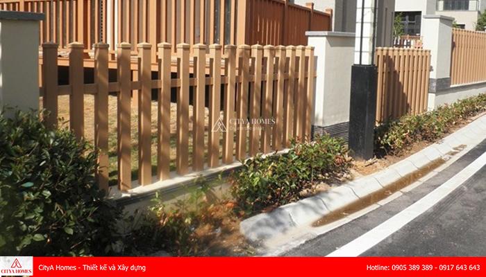 Chất liệu gỗ trong thiết kế hàng rào đẹp