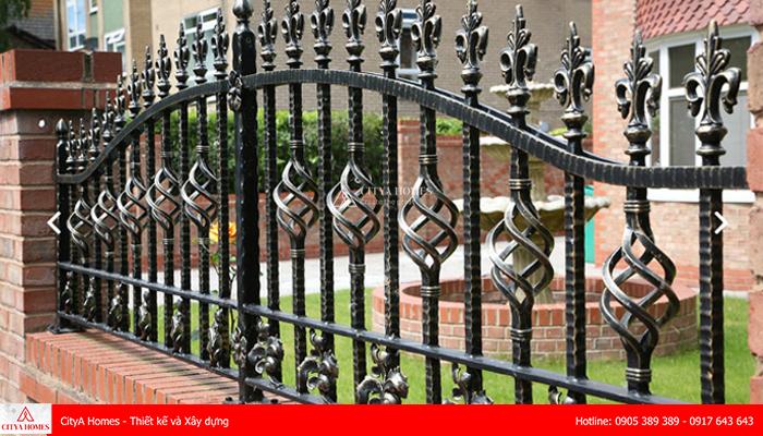 Mẫu cổng hàng rào đẹp phong cách Châu Âu - 2