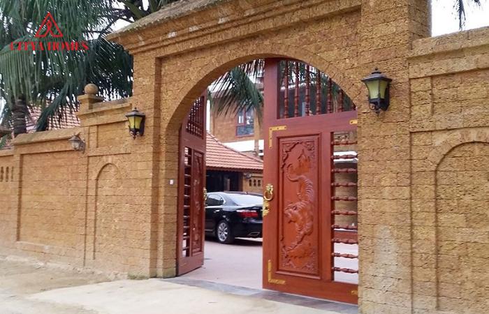 Cổng Nhà Bằng Gỗ đẹp